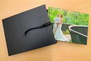 Album Photos et son coffret - Couverture personnalisable - Format 22 x 30 avec ouverture à plat
