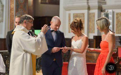 Échange alliances mariage église Muret