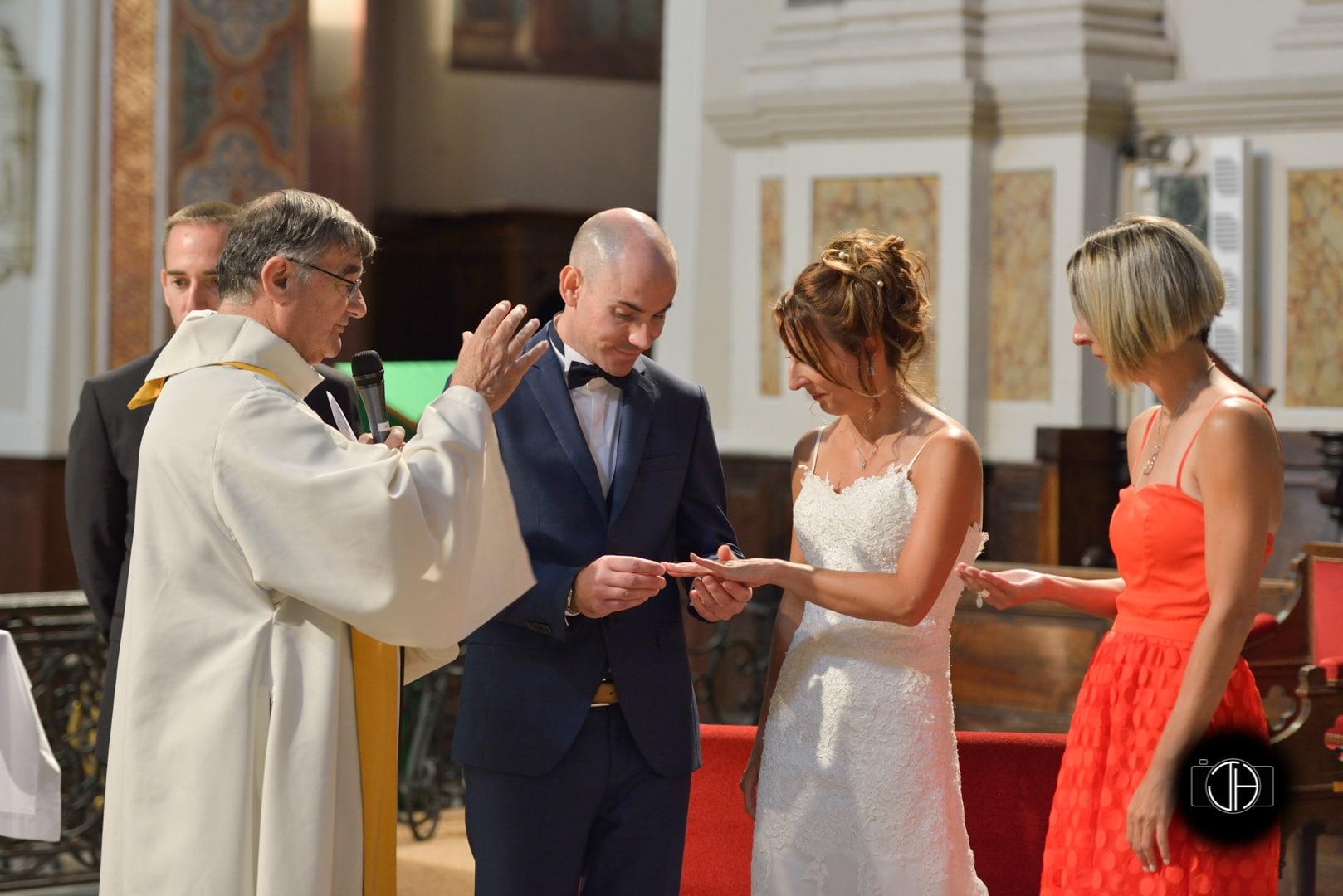 Echange alliances mariage église Muret