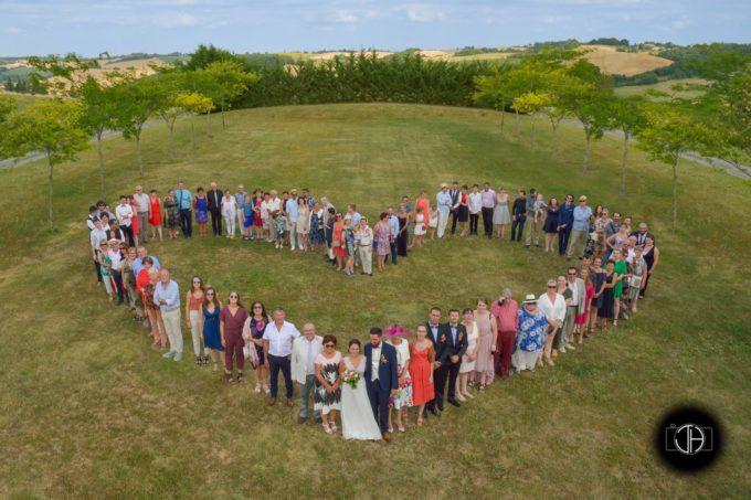 Une photo en forme de cœur pour votre mariage à Toulouse